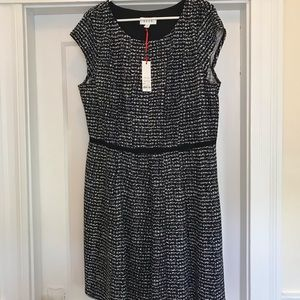 ELLE black and white patterned dress (never worn)